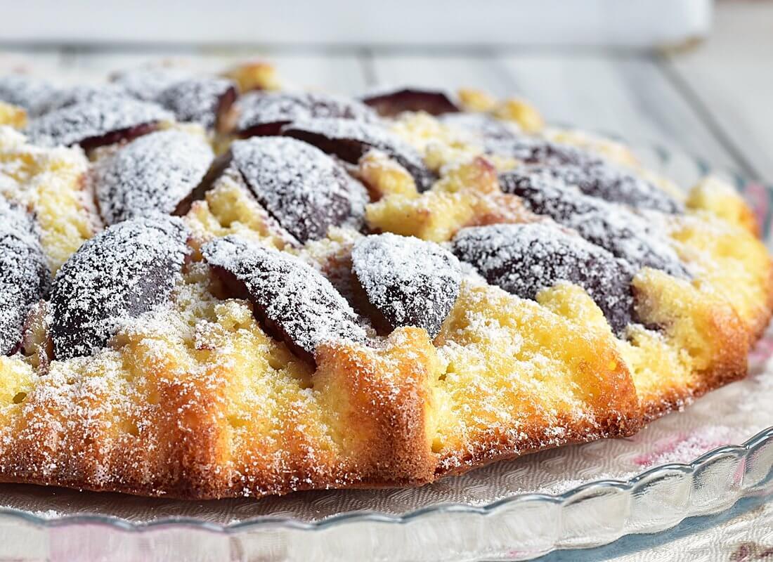 Осетинский пирог со сливами