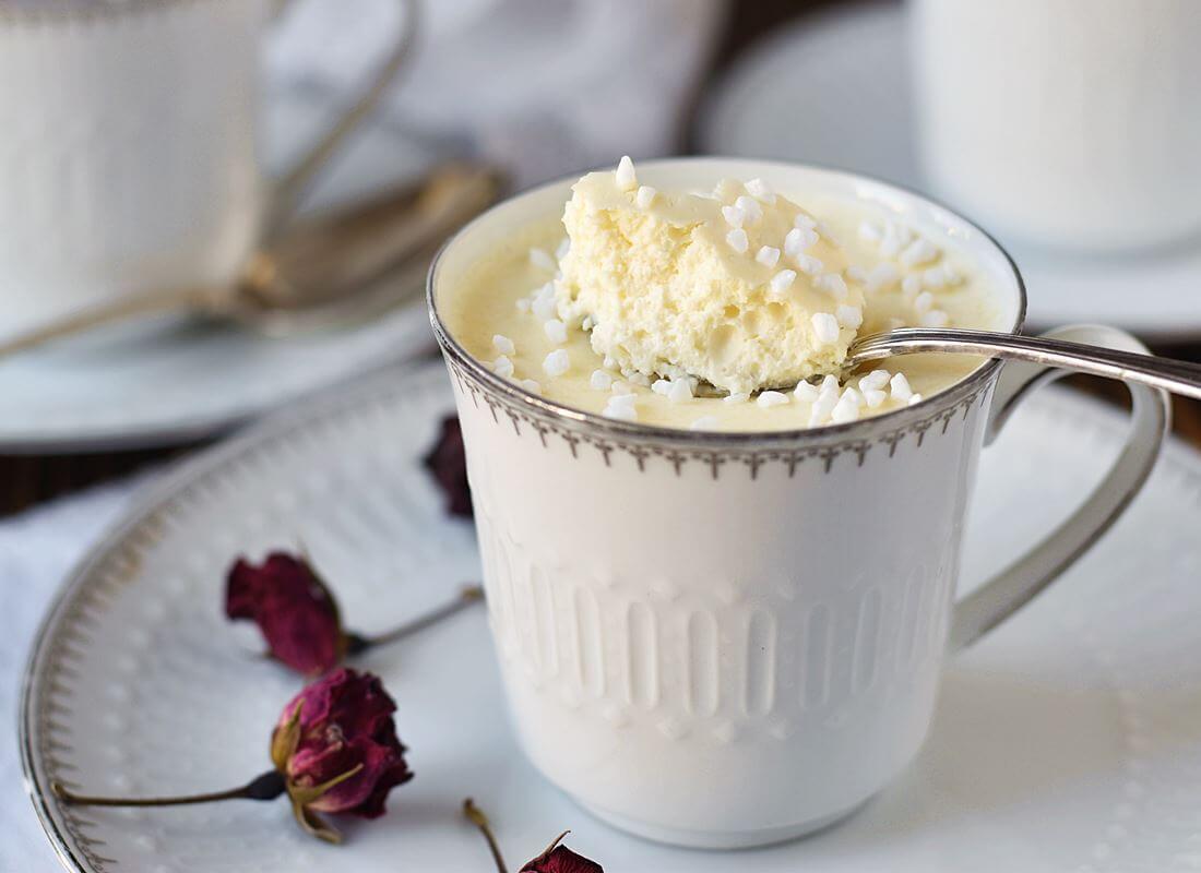 Баварезе с белым шоколадом (Bavarese al cioccolato bianco)