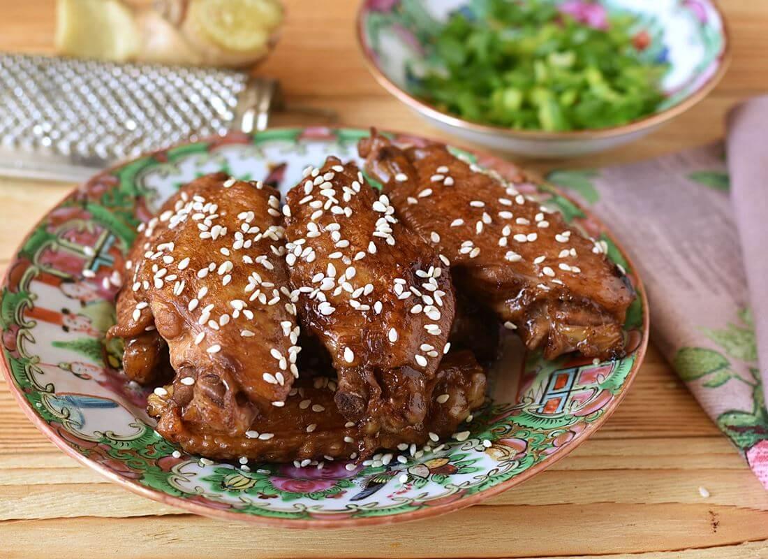 Куриные крылышки жареные в соевом соусе
