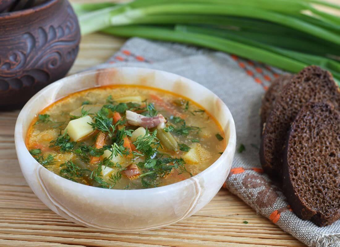 Суп с зеленой стручковой фасолью по-закарпатски