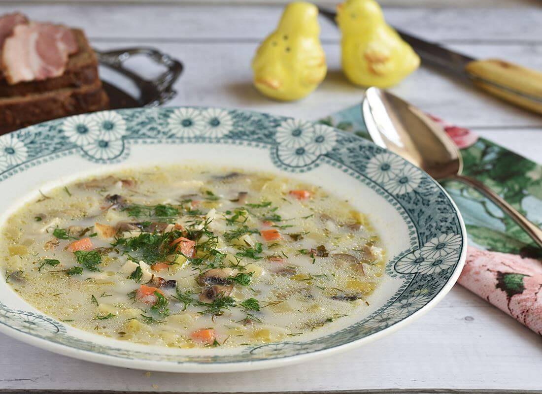 Куриный суп с цуккини и шампиньонами