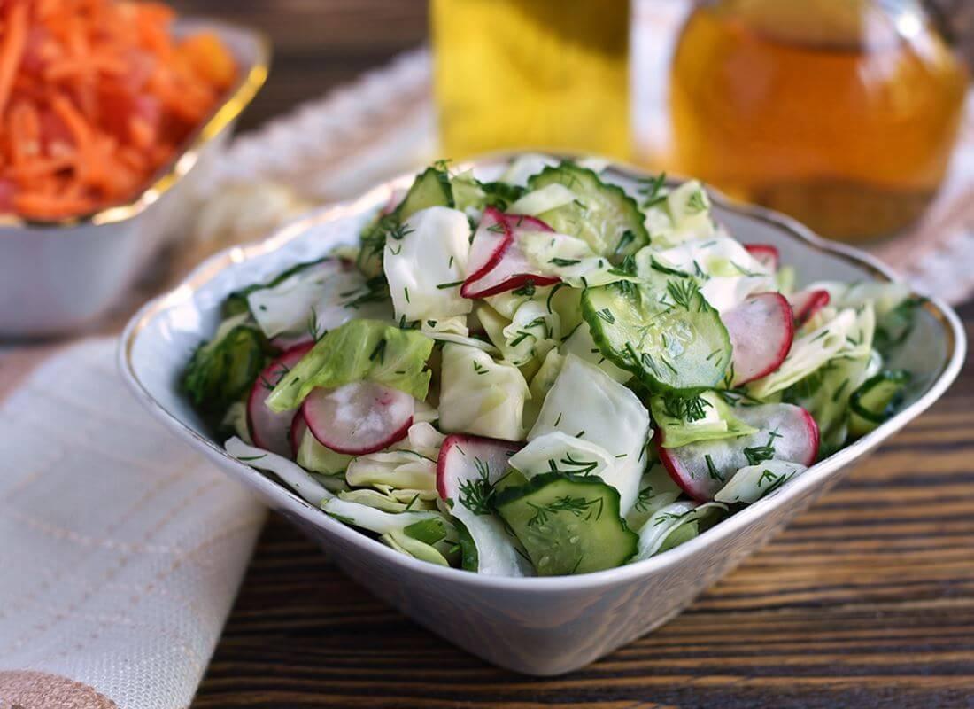 Маринованный салат из свежей капусты (新鮮なキャベツのピクルスサラダ)